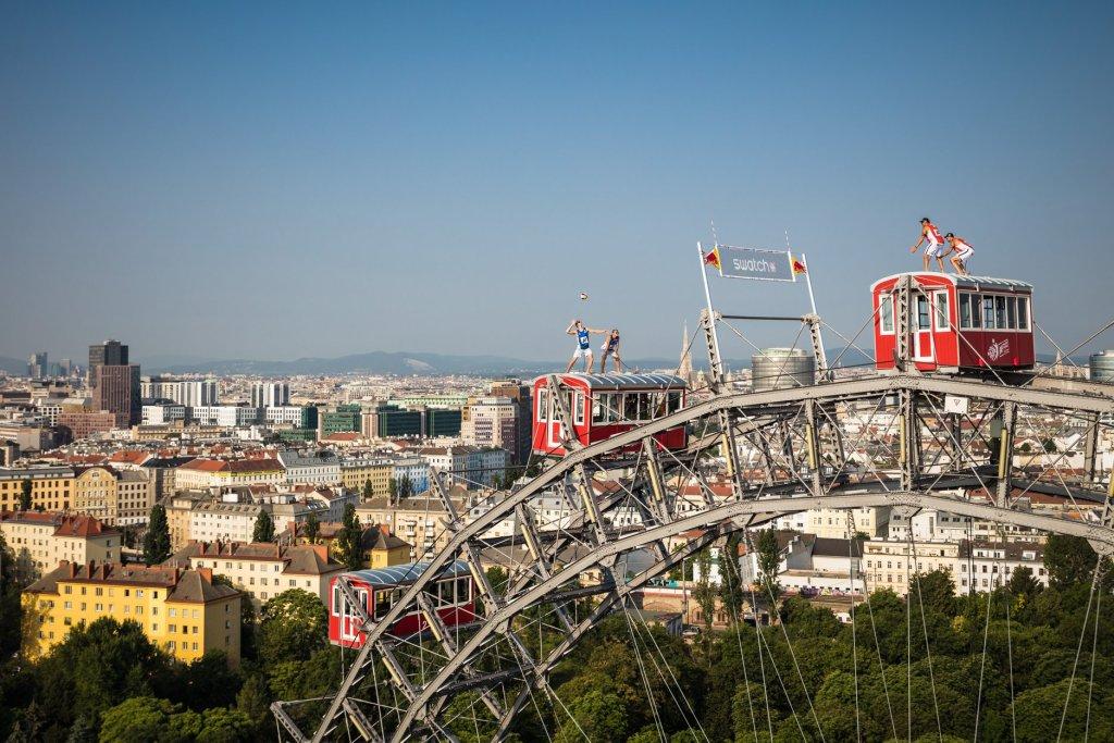 Beach Volleyball Ferris Wheel