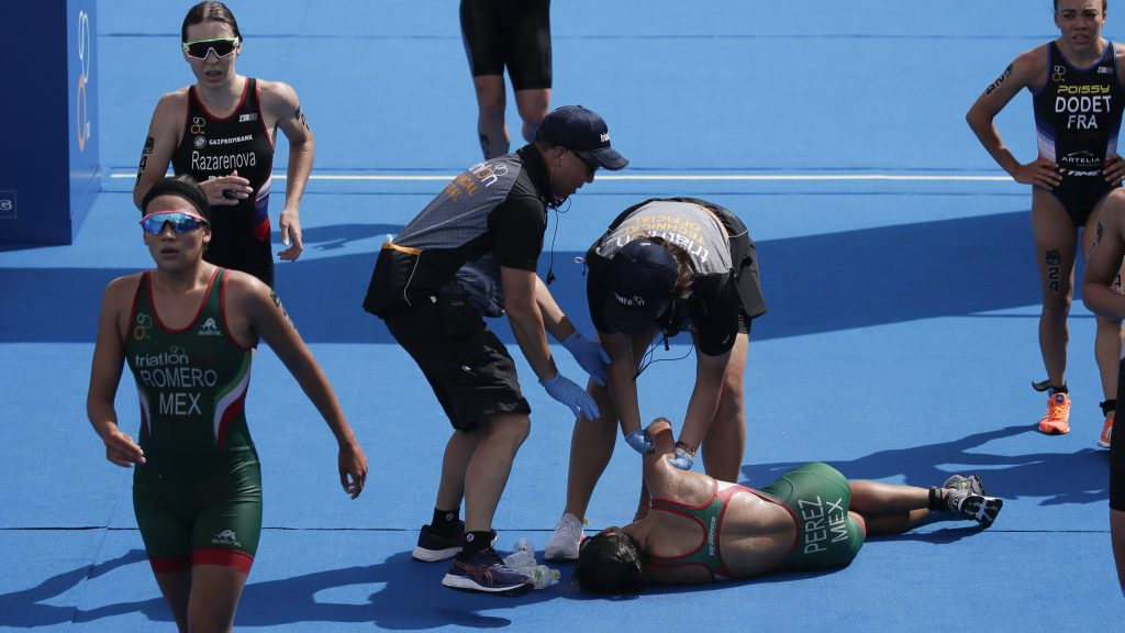 Triathlete collapses in heat