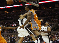 Thumbnail image for nba_stoudemire1_250.jpg