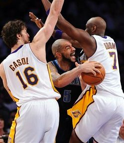 Thumbnail image for Boozer_Lakers.jpg