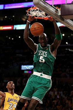 Thumbnail image for Garnett_dunk.jpg