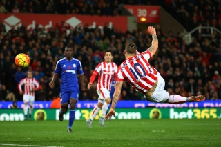 during the Barclays Premier League match between Stoke City and Chelsea at Britannia Stadium on November 7, 2015 in Stoke on Trent, England.