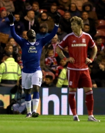 MIDDLESBROUGH, ENGLAND - DECEMBER 01: Romelu Lukaku (L) of Everton celebrates scoring during their Capital One Cup Quarter Final at Riverside Stadium on December 1, 2015 in Middlesbrough, England. (Photo by Nigel Roddis/Getty Images)