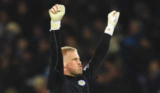 LEICESTER, ENGLAND - MARCH 14: Kasper Schmeichel of Leicester City celebrates victory after the Barclays Premier League match between Leicester City and Newcastle United at The King Power Stadium on March 14, 2016 in Leicester, England. (Photo by Laurence Griffiths/Getty Images)