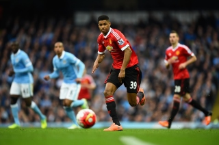 MANCHESTER, ENGLAND - MARCH 20: Daniel Rashford of Manchester United in action during the Barclays Premier League match between Manchester City and Manchester United at Etihad Stadium on March 20, 2016 in Manchester, England. (Photo by Laurence Griffiths/Getty Images)