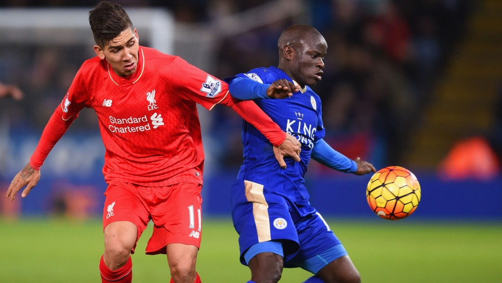LEICESTER, ENGLAND - FEBRUARY 02: Ngolo Kante of Leicester City and Roberto Firmino of Liverpool compete for the ball during the Barclays Premier League match between Leicester City and Liverpool at The King Power Stadium on February 2, 2016 in Leicester, England. (Photo by Michael Regan/Getty Images)