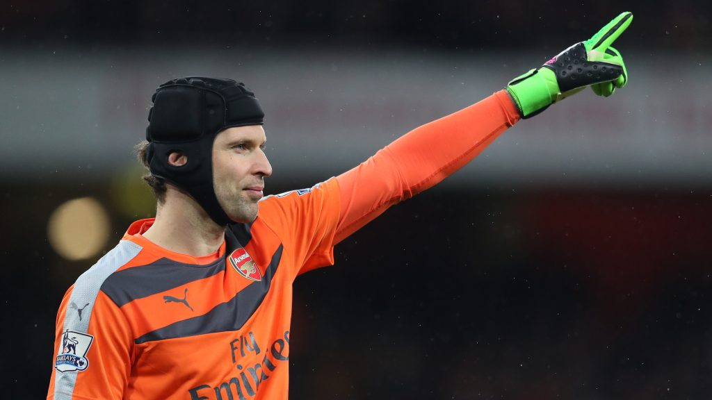 LONDON, ENGLAND - MARCH 02: Petr Cech of Arsenal in action during the Barclays Premier League match between Arsenal and Swansea City at Emirates Stadium on March 2, 2016 in London, England. (Photo by Richard Heathcote/Getty Images)