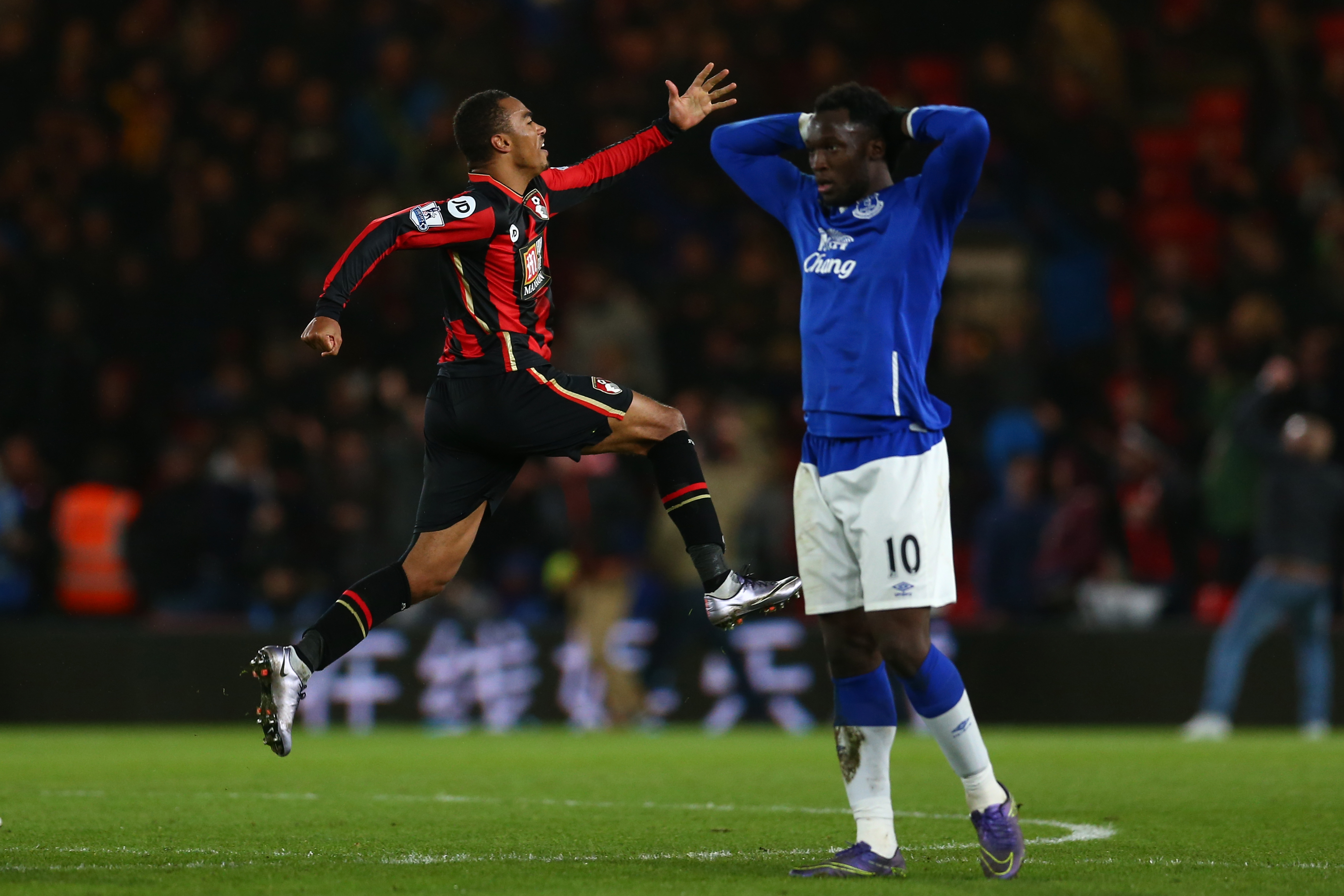 BOURNEMOUTH, ENGLAND - NOVEMBER 28: Junior Stanislas (1st R) of Bournemouth celebrates scoring his team's third goal with his team mates during the Barclays Premier League match between A.F.C. Bournemouth and Everton at Vitality Stadium on November 28, 2015 in Bournemouth, England. (Photo by Steve Bardens/Getty Images)