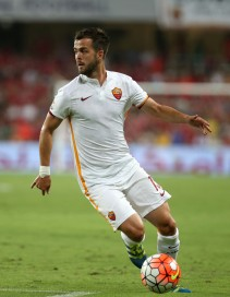 AL AIN, UNITED ARAB EMIRATES - MAY 19: Roma's Miralem Pjanic during the international friendly match between AS Roma and Al Ahly on May 20, 2016 in Al Ain, United Arab Emirates. (Photo by Chris Whiteoak/Getty Images)