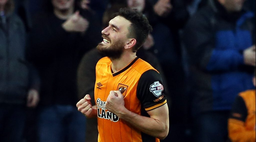 HULL, ENGLAND - JANUARY 09: Robert Snodgrass of Hull City celebrates scoring during The Emirates FA Cup Third Round match between Hull City and Brighton & Hove Albion at KC Stadium on January 9, 2016 in Hull, England. (Photo by Nigel Roddis/Getty Images)