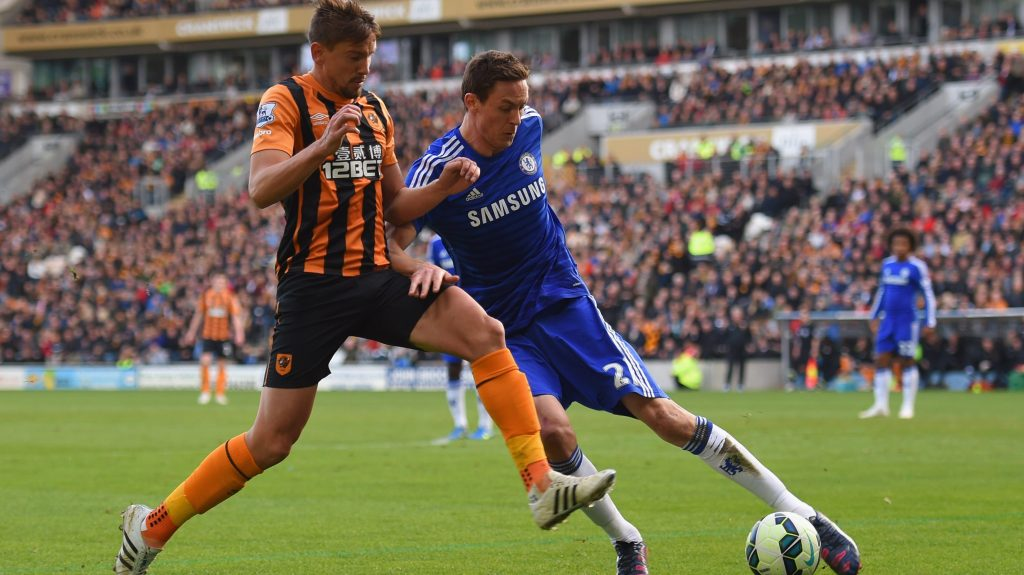 HULL, ENGLAND - MARCH 22: Gaston Ramirez of Hull City challenges Nemanja Matic of Chelsea during the Barclays Premier League match between Hull City and Chelsea at KC Stadium on March 22, 2015 in Hull, England. (Photo by Michael Regan/Getty Images)