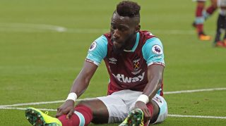 LONDON, ENGLAND - SEPTEMBER 10: Arthur Masuaku of West Ham United reacts during the Premier League match between West Ham United and Watford at Olympic Stadium on September 10, 2016 in London, England.  (Photo by Mark Thompson/Getty Images)