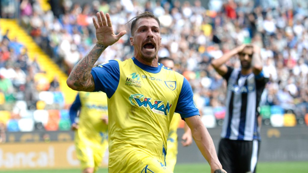 Fabrizio Cacciatore scored at the death for Chievo Verona (Photo by Dino Panato/Getty Images)