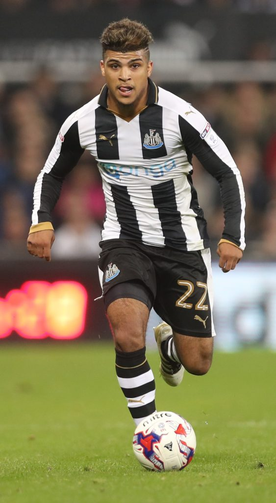 NEWCASTLE UPON TYNE, ENGLAND - OCTOBER 25:  DeAndre Yedlin of Newcastle United  controls the ball during the EFL Cup Fourth Round match between Newcastle United and Preston North End at St James' Park on October 25, 2016 in Newcastle upon Tyne, England. (Photo by Ian MacNicol/Getty Images)