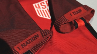 2017-us-soccer-red-jersey-rel-sleeves