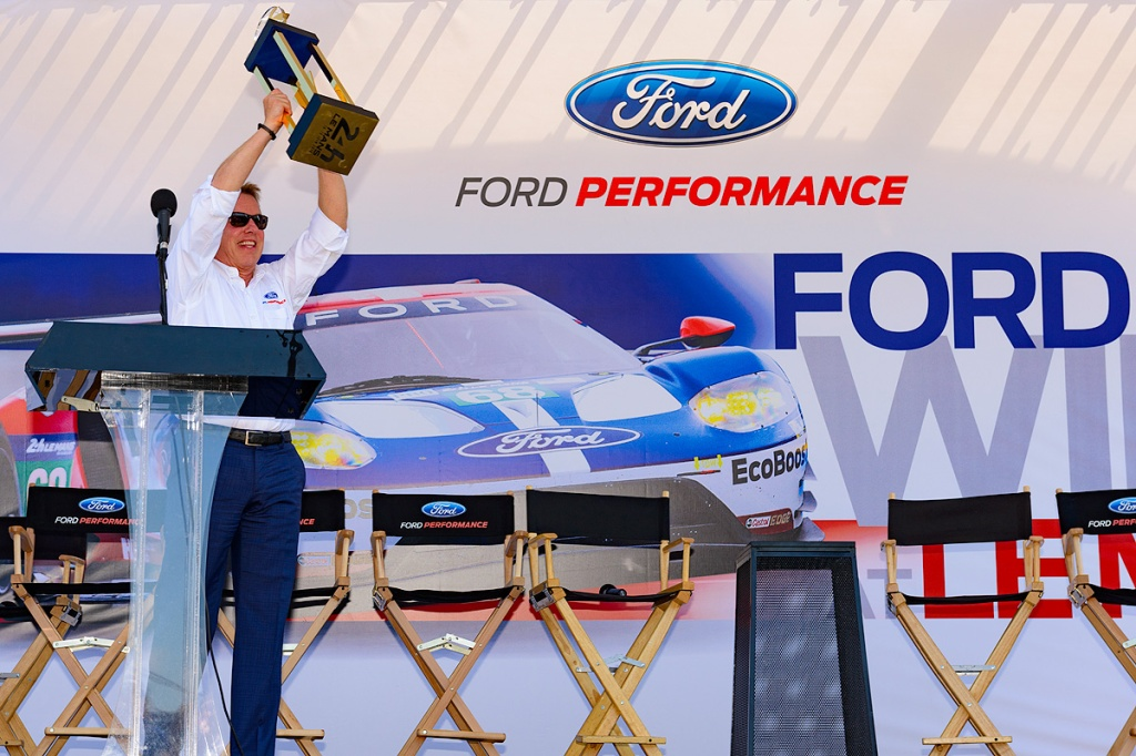 Bill Ford with trophy. Photo: Ford