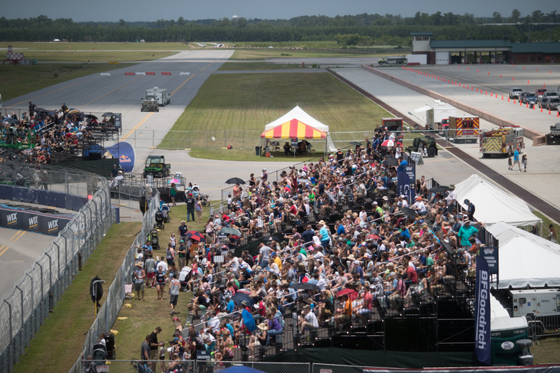 Crowds were good before the rain. Photo: Larry Chen/Red Bull GRC