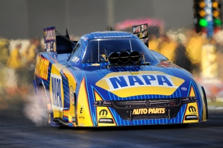 2016_Ron_Capps_Action