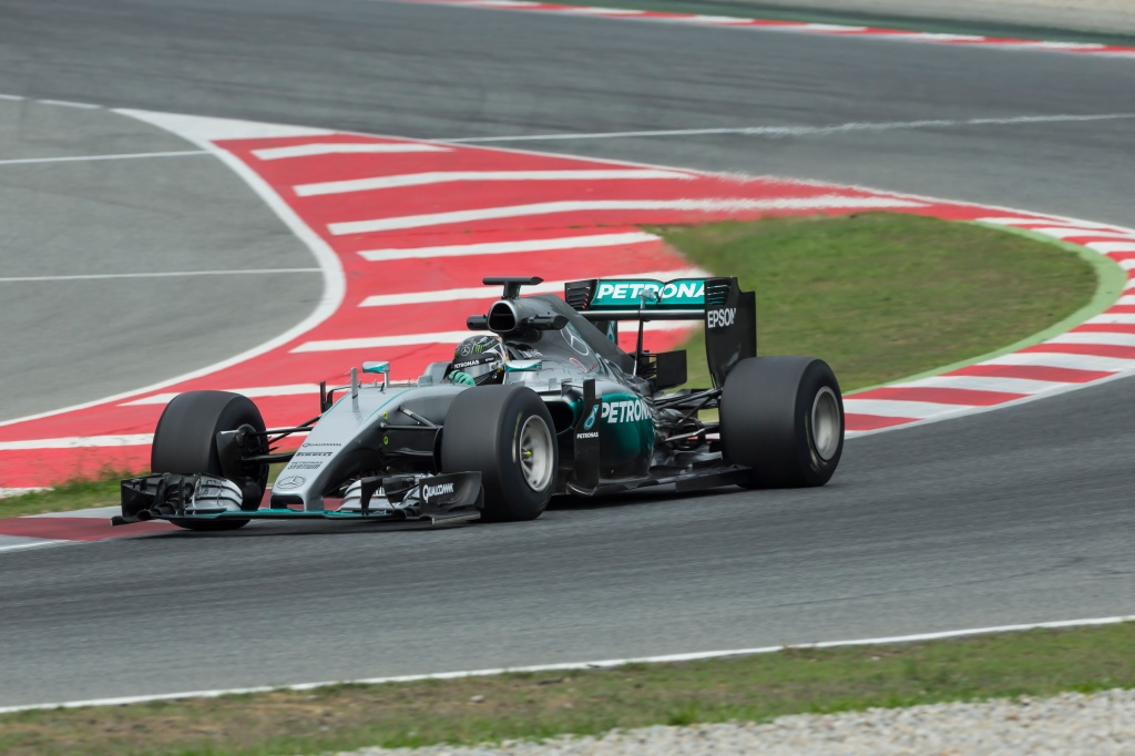 Rosberg on 2017 Pirelli tires in dry conditions. Photo: Pirelli