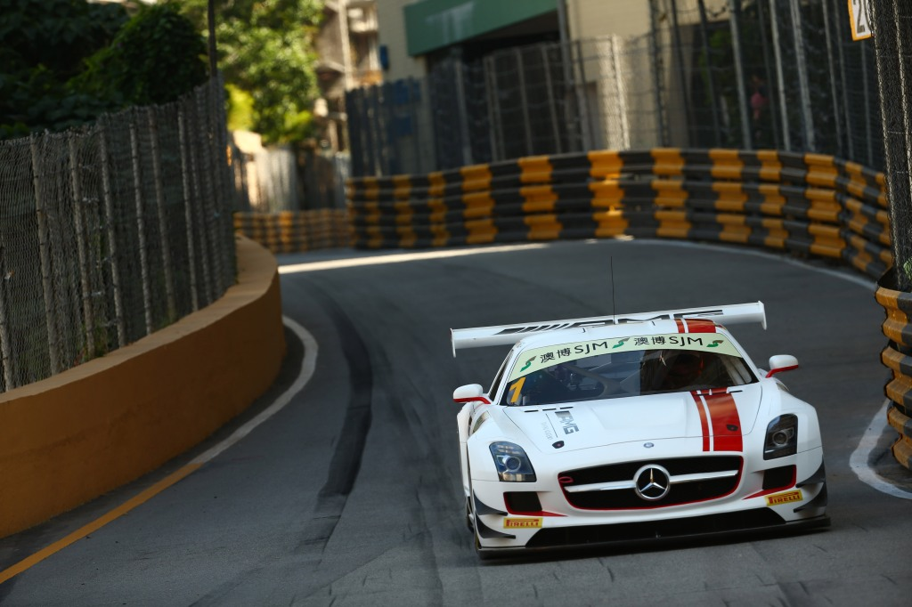 2015 FIA GT World Cup - Practice Circuit de Guia, Macau, China 18th - 22nd November 2015 Maro ENGEL, Mercedes AMG Driving Academy © XPB Images/LAT Photographic
