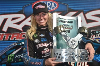 Courtney Force after winning the Traxxas Funny Car Shootout. Photo by Richard Shute/Auto Imagery.