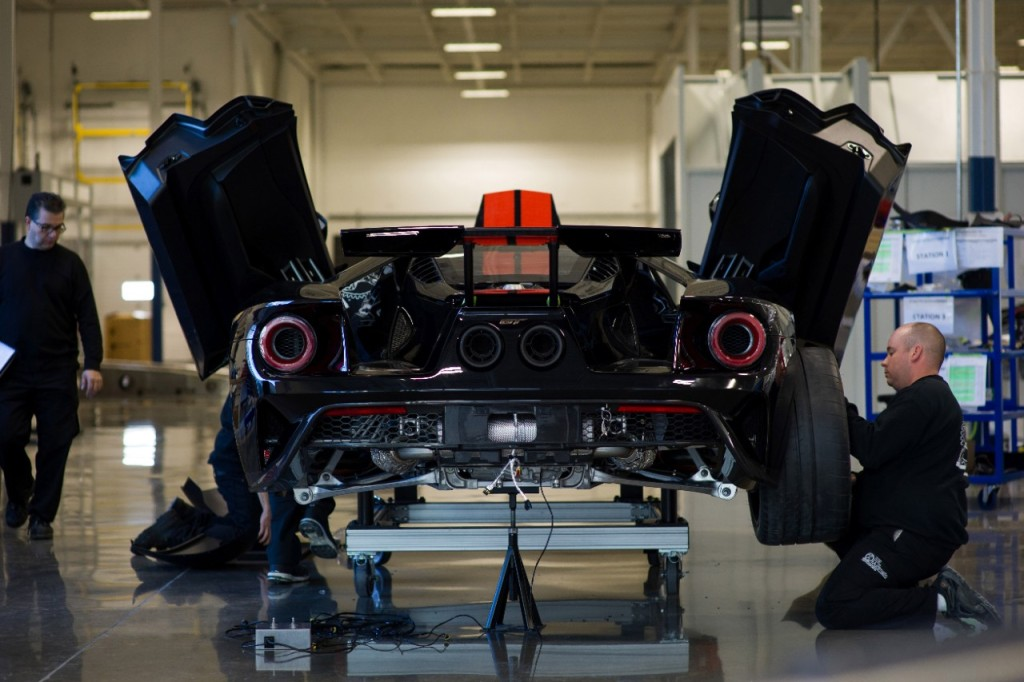 mnv_ford_gt_077-1
