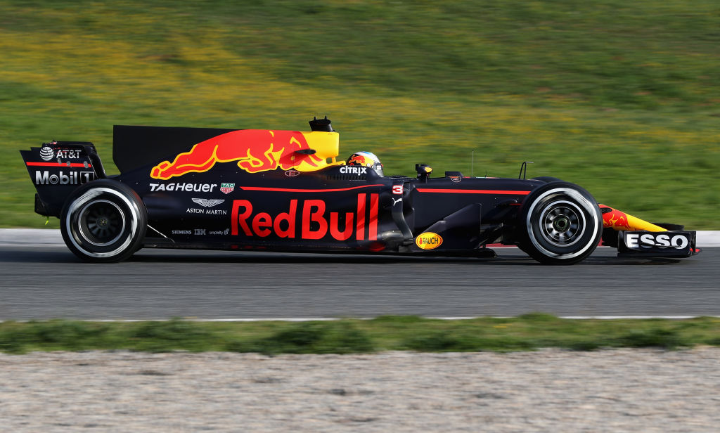 MONTMELO, SPAIN - FEBRUARY 27:  Daniel Ricciardo of Australia driving the (3) Red Bull Racing Red Bull-TAG Heuer RB13 TAG Heuer on track during day one of Formula One winter testing at Circuit de Catalunya on February 27, 2017 in Montmelo, Spain.  (Photo by Mark Thompson/Getty Images)