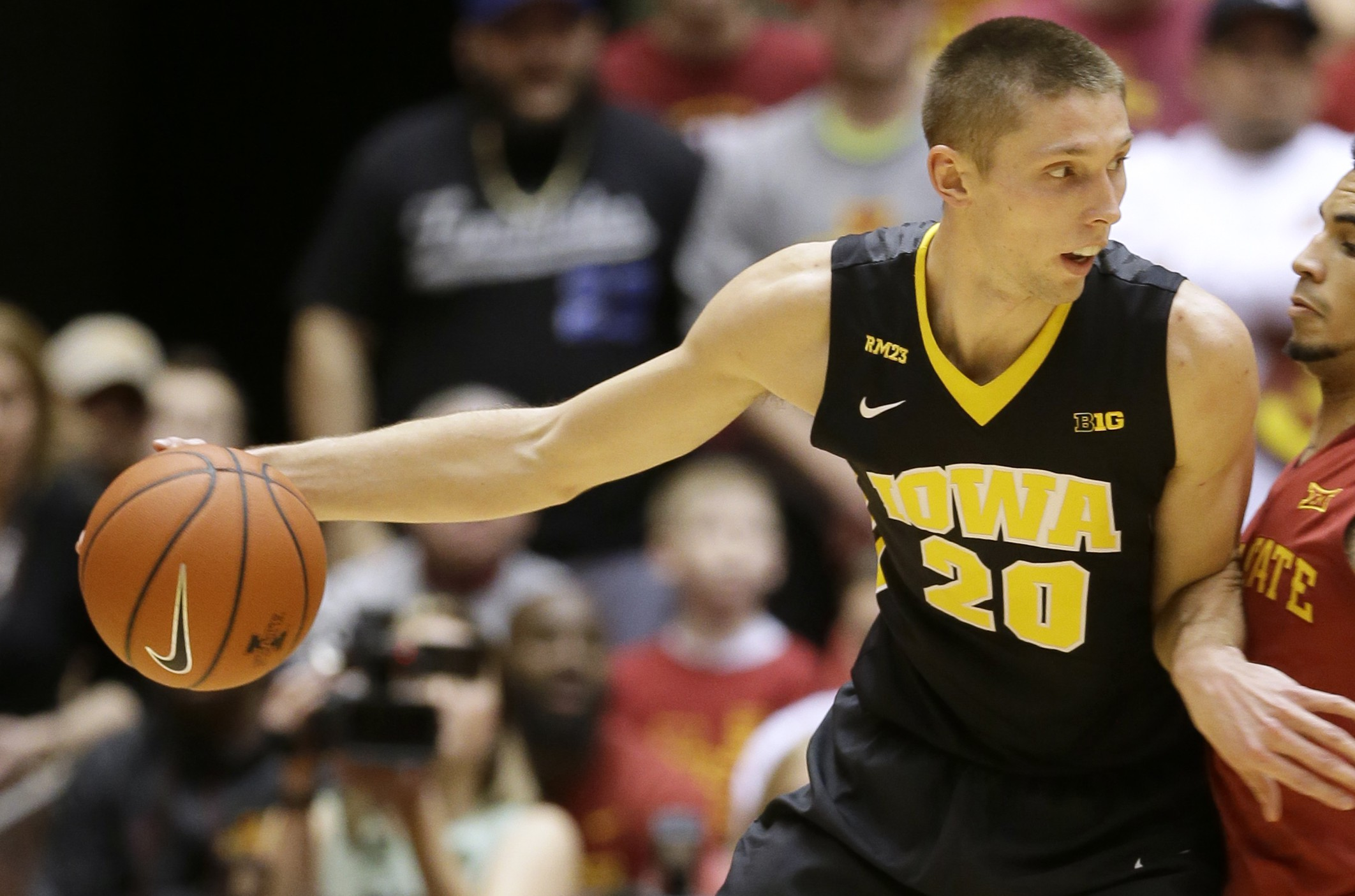 Iowa forward Jarrod Uthoff (AP Photo/Charlie Neibergall)