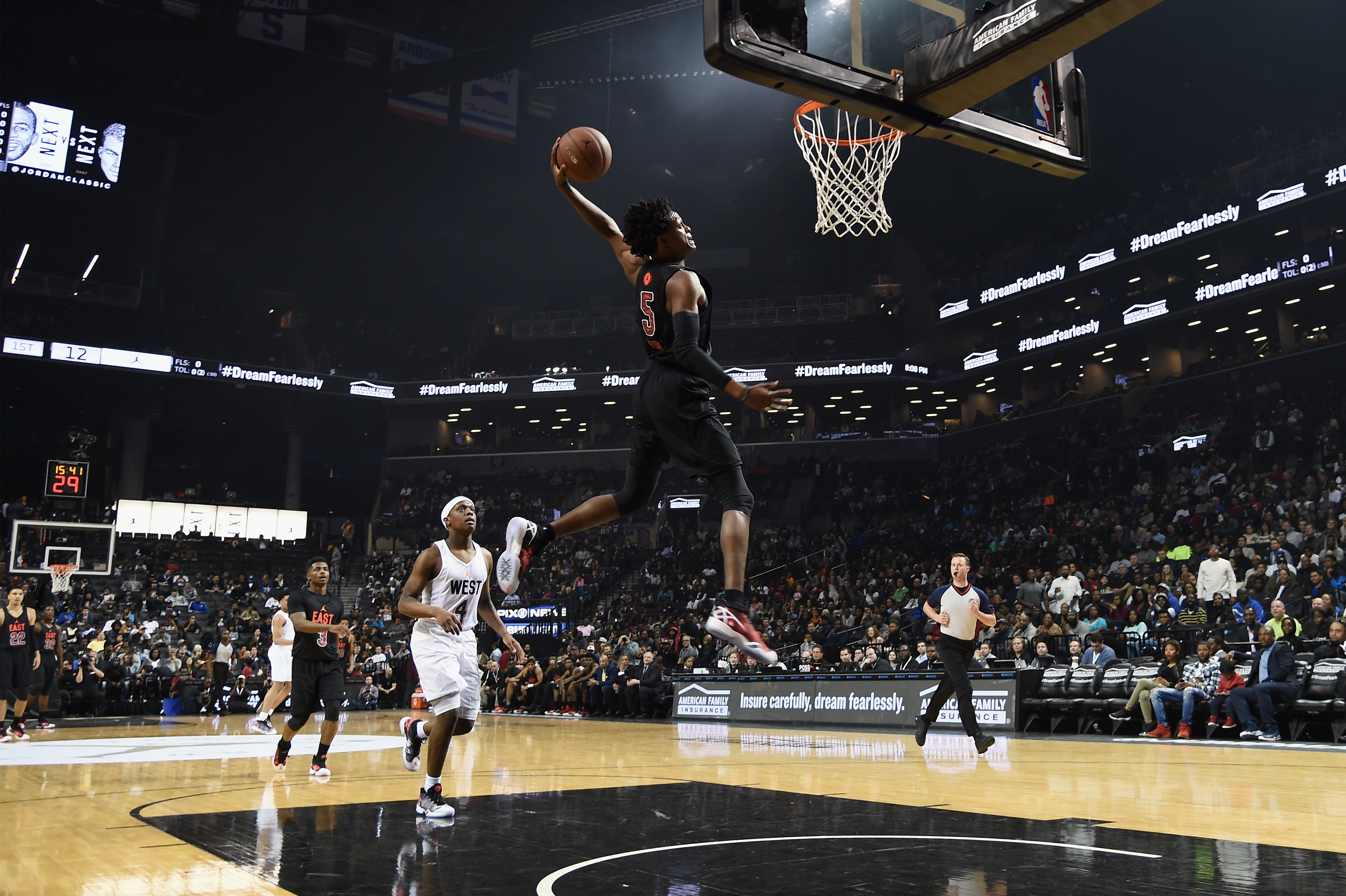 NEW YORK, NY - APRIL 15: East Team MVP De'Aaron Fox (Katy, TX) in action during the 15th iteration of the Jordan Brand Classic at Barclays Center on April 15, 2016 in New York City. (Photo by Dave Kotinsky/Getty Images for Jordan Brand )