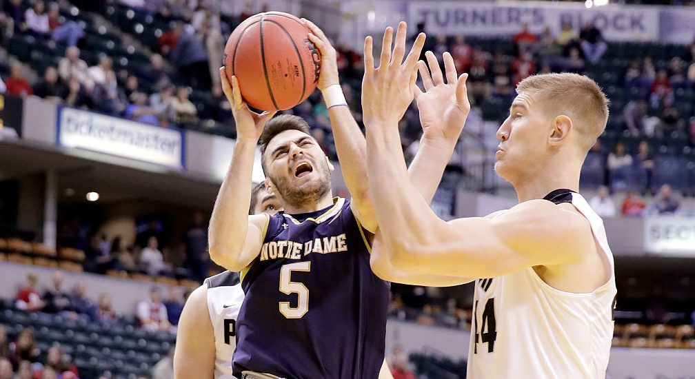 INDIANAPOLIS, IN - DECEMBER 17: Matt Farrell #5 of Notre Dame shoots the ball during the game against the Purdue Boiermakers in the Crossroads Classic at Bankers Life Fieldhouse on December 17, 2016 in Indianapolis, Indiana. (Photo by Andy Lyons/Getty Images)