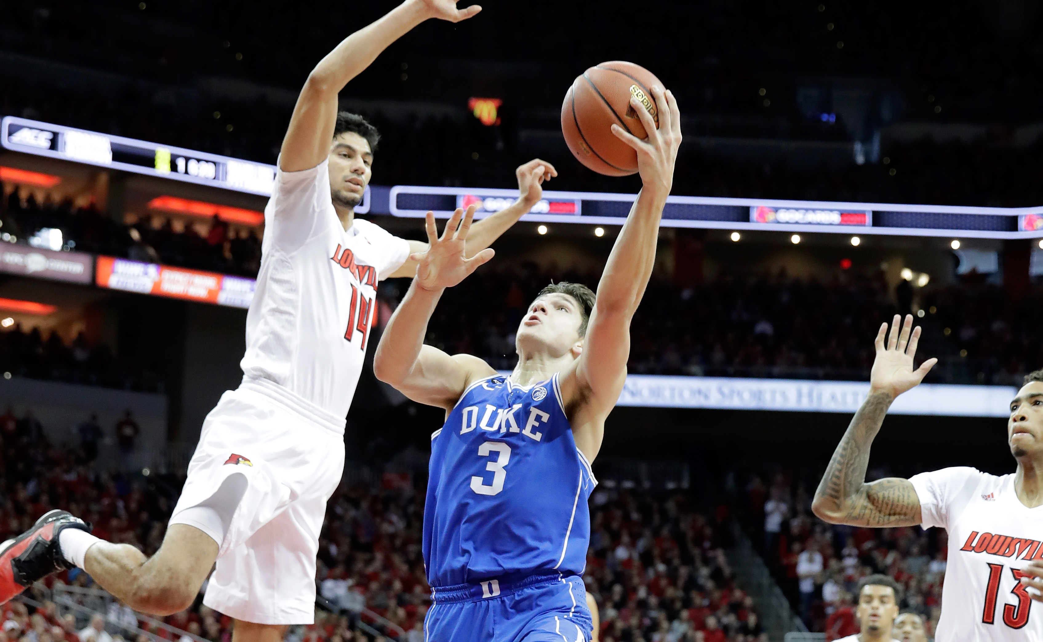 LOUISVILLE, KY - JANUARY 14:  Grayson Allen #3 of the Duke Blue Devils shoots the ball during the game against the Louisville Cardinals at KFC YUM! Center on January 14, 2017 in Louisville, Kentucky.  (Photo by Andy Lyons/Getty Images)
