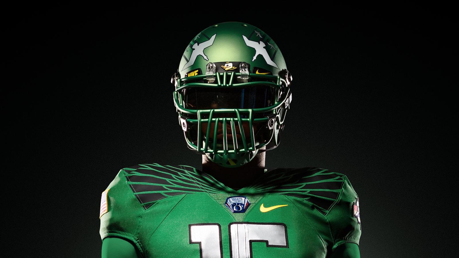 150320_Nike_Oregon_Helm_Home_hd_1600 (1)