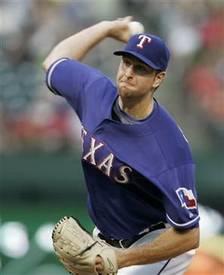 Scott Feldman throwing.jpg
