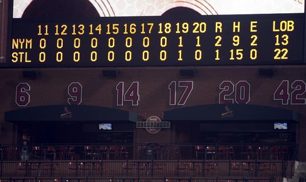 Mets Cards scoreboard.jpg