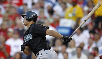 Mike Stanton swings.jpg