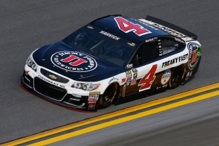 DAYTONA BEACH, FL - FEBRUARY 14: Kevin Harvick, driver of the #4 Jimmy John's Chevrolet, drives during qualifying for the NASCAR Sprint Cup Series Daytona 500 at Daytona International Speedway on February 14, 2016 in Daytona Beach, Florida. (Photo by Jeff Zelevansky/Getty Images)