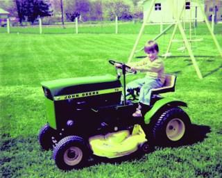 1-john-deere-lawn-mower_historical-image
